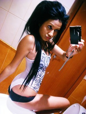 Jalisa from  is interested in nsa sex with a nice, young man