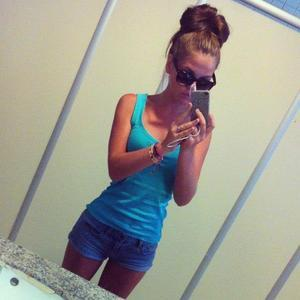 Looking for local cheaters? Take Felisa from  home with you